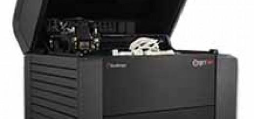 Objet500 Connex2 多材料 3D 打印机可采用数字 ABS 材料制作注塑模具。