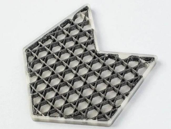 在Anisoprint Composer 3D打印机上打印的复合网格填充3D示例